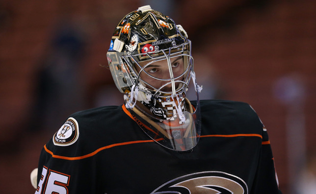 Ducks recall Gibson from AHL, reassign LaBarbera