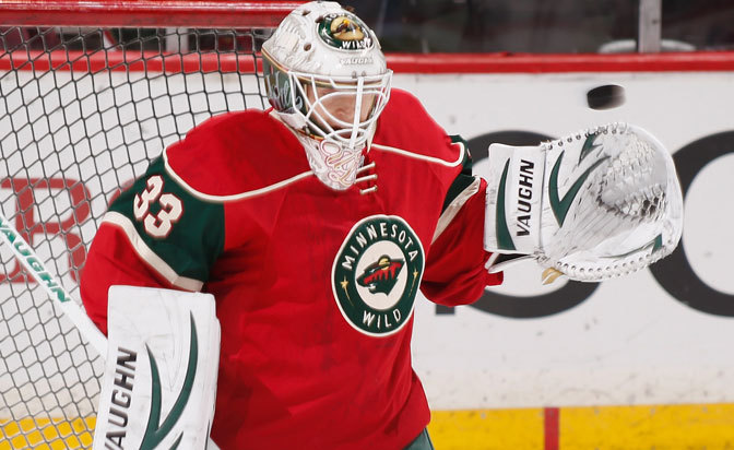 Goaltender Curry signs one-year contract with Wild